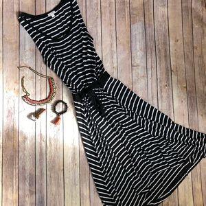 GAP Black / White Striped Maxi Dress Sz. M