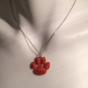NWT Unique Red Rhinestone Paw Style Necklace Set