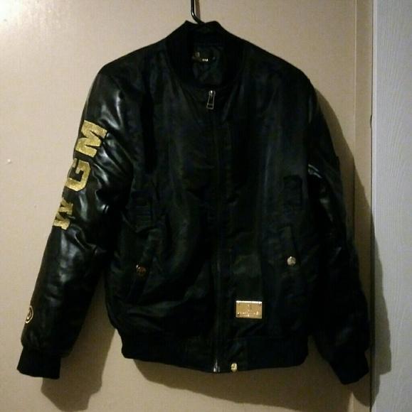 13d4977d4 Bape 'black' x Chris brown bomber black friday