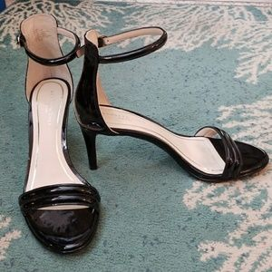 Kenneth Cole Milania strappy heel