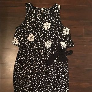 A Pea Maternity dress