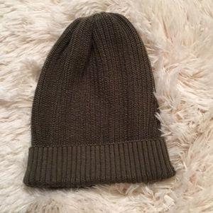 Rubbish olive green knit winter hat.