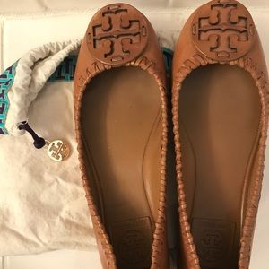 Tory Burch Ballet Flats barley used!! Size 7!!