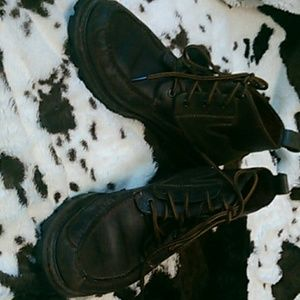 Cole Haans Chocolate Leather boots