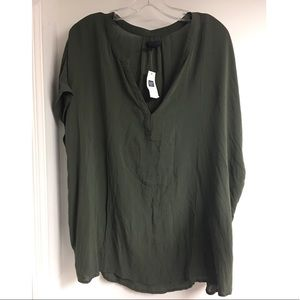 GAP // Blouse NWT