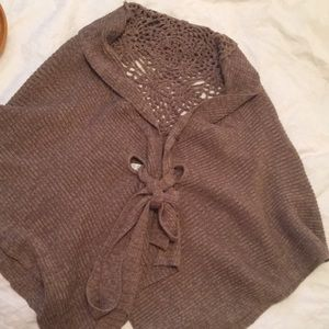 Brown knit cape/poncho