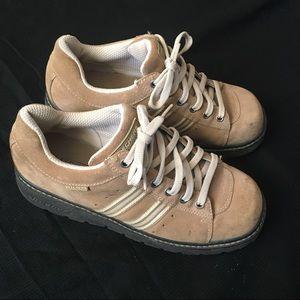 Retro Skechers Platform Shoes Tan Woman's 10