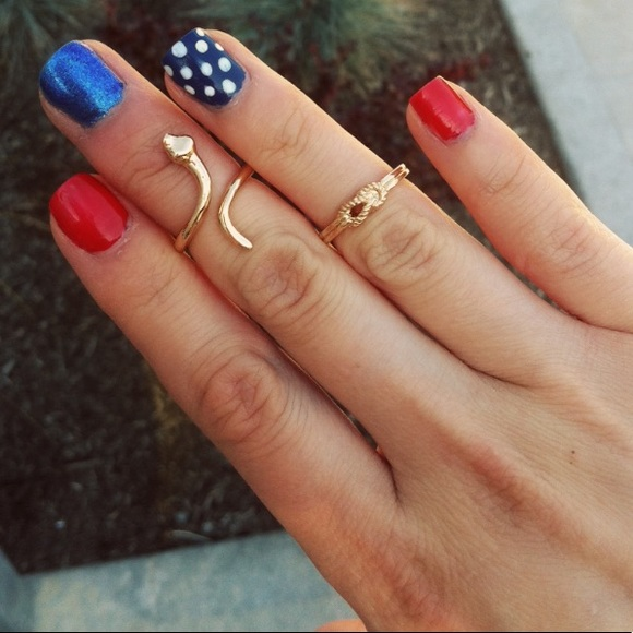 T&J Designs Jewelry - 🔴FREE WITH BUNDLE T&J Designs love knot ring, 6