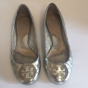 Tory Burch Quinn silver quilted leather Flats