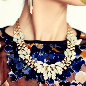 NWT T&J Designs gold chain opaque stone necklace
