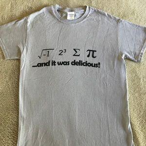 """I ate some pie, """"i 8 sum Pi"""" Adorable T-shirt"""
