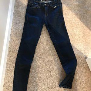 Frame denim skinny jeans. Size 28