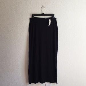 NWT Black maxi skirt long!!! So cute!! :) NY & CO