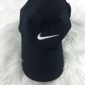 Nike Dri-Fit Tiger Woods Black Athletic Hat