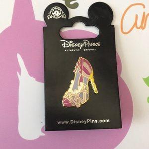 Rapunzel shoe pin