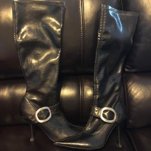 BCBGirls black boots with buckle detail 8.5M