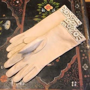 Accessories - Vintage Beaded leather gloves