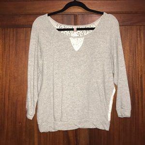 🍂Xhilaration Gray Sweatshirt w/ Lace Back-Sz Lg🍂