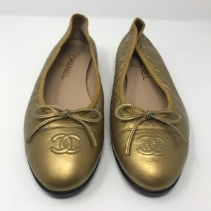 Chanel gold crinkle flats 38.5