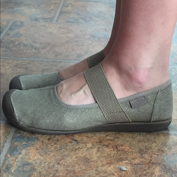 08b5df93ca5 Keen Shoes - Sienna Canvas Mary Jane - KEEN
