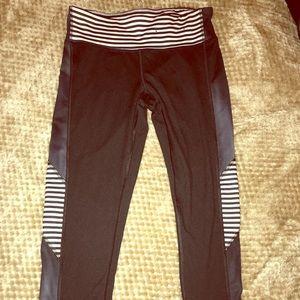 Champion black workout leggings Capri
