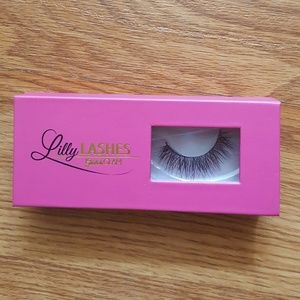 Lilly Lashes Mink Lashes in Diamonds