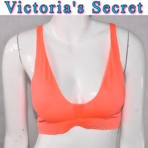 Victoria's Secret Sport bra M New