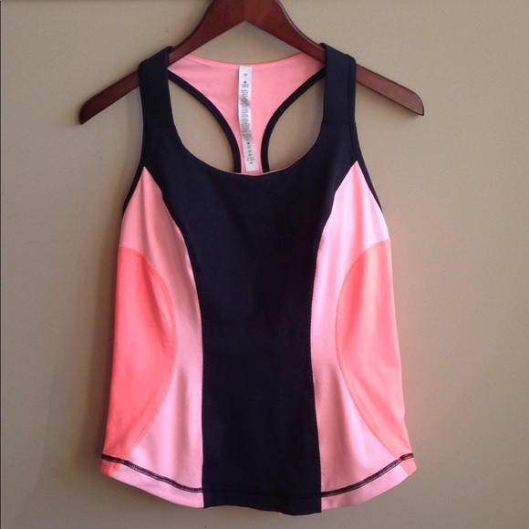 e63b8efe8dda7a lululemon athletica Tops - Lululemon Peach Black Workout Tank w built in Bra
