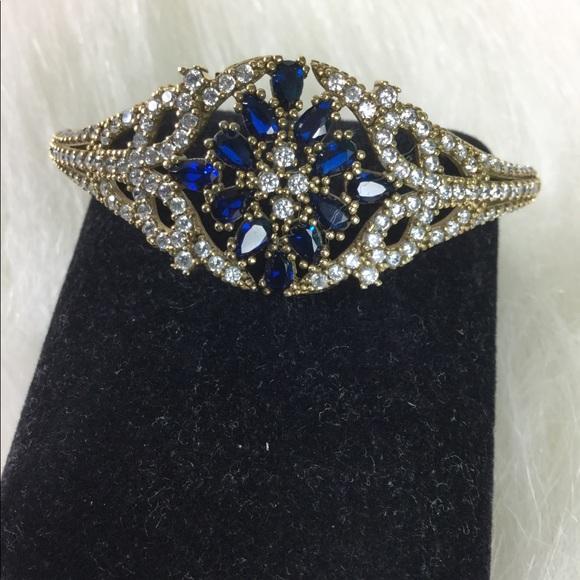 Jewelry - Brand New Stunning Sapphire and Topaz Bracelet