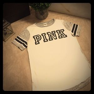 PINK t-shirt with sequined logo
