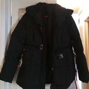 Tahari Puffer Coat, black!