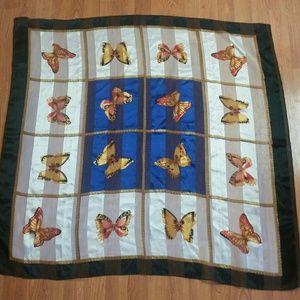 Like New - Beautiful Butterflies Scarf 40x40