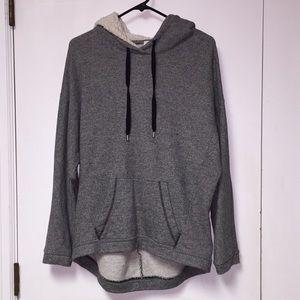 Old Navy Sweater/Sweatshirt. Medium.