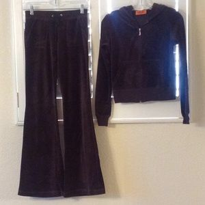♥️Juicy Couture♥️ Tracksuit Never Worn Chestnut