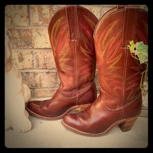 Vintage Frye western brown Boots Size 6B stacked