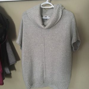 Women old navy sleeveless cowlneck sweater poncho