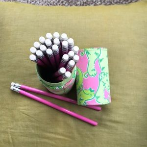 Lilly Pulitzer pencil set. NWT