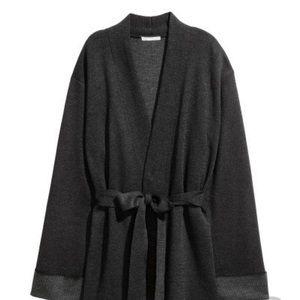 H & M chuncky Gray Tie Cardigan Sz Lg