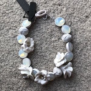 NWT j.crew white wreath floral necklace