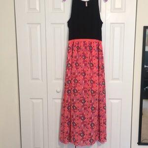 Xhiliration Maxi Dress