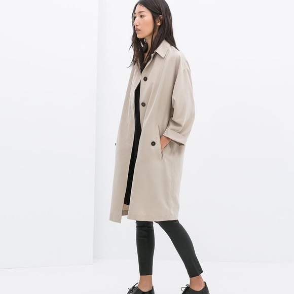 NWT ZARA Woman Beige Oversized Flowing Trench Coat NWT