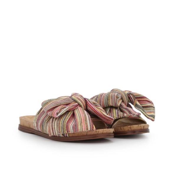 660b4806a31bb Sam Edelman Henna Bow Slide Sandals. M 5a15cc916d64bc8df5039517