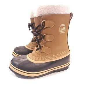 Sorel youth tofino snowboots duck boots