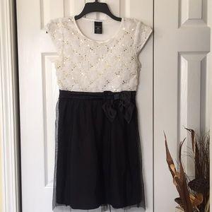 🎉HOLIDAYS🎉 GIRL dress
