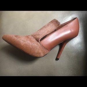 Joe Fresh Tan pony hair front heels