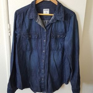 Gap dark chambray buttonup. Size Large