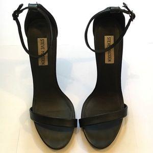 STEVE MADDEN Black 'Stecy' Heels