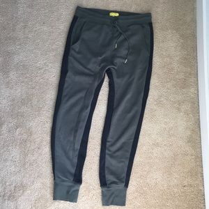 Five Four sweatpants/joggers in size S