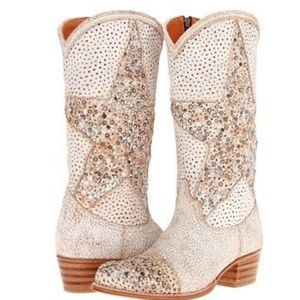 RARE FRYE stars studded boots.  Authentic!