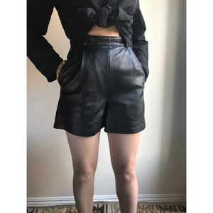 [holiday sale] [vintage] high waist leather shorts